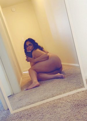 Saoussane outcall escorts in Grants Pass