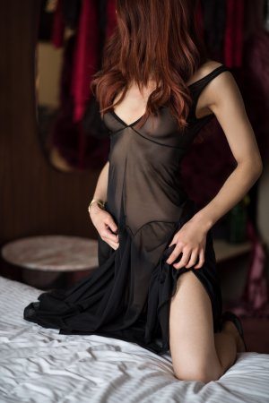 Eloane incall escorts in Vienna