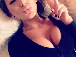 Mariatou outcall escorts in Monroe
